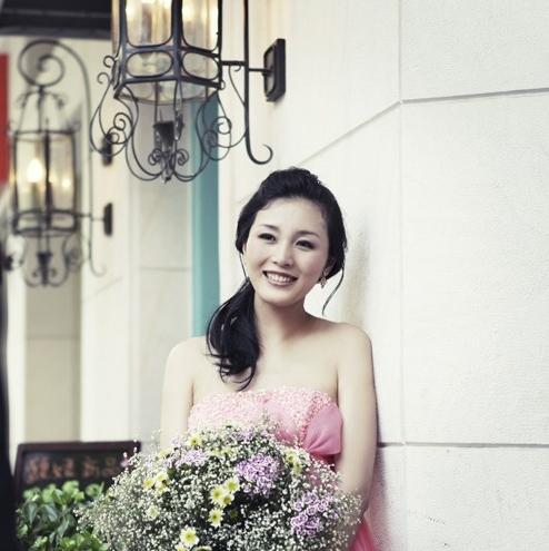 秀婚纱摄影网站_长沙秀摄影婚纱摄影官网-高定华服与婚纱的不解之缘