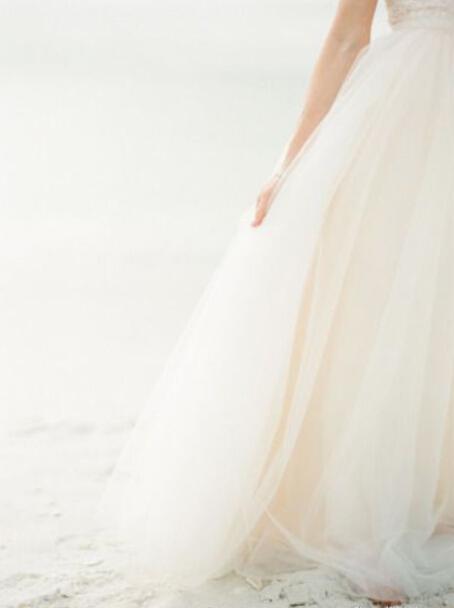 夏季婚纱礼服面料如何选择