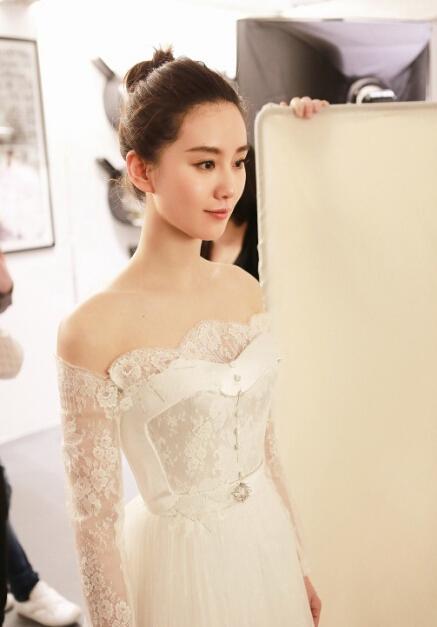 刘诗诗婚纱品牌 婚纱价值300万