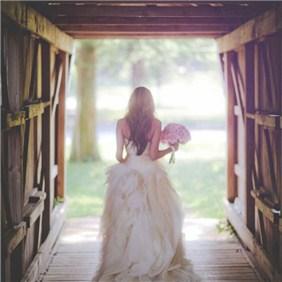 结婚当天需要几套礼服 婚礼新娘须知澄海婚纱照,澄海婚礼策划,汕头婚纱照,汕头婚礼策划