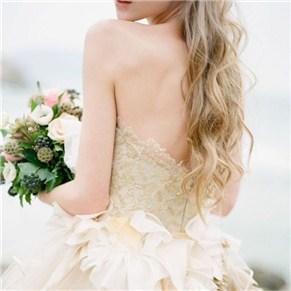 婚纱挑选技巧 根据脸型挑选合适的婚纱澄海婚纱照,澄海婚礼策划,汕头婚纱照,汕头婚礼策划
