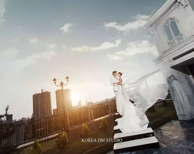 婚纱,到底是买呢,还是租呢?利弊全在这里澄海结婚礼服关键字